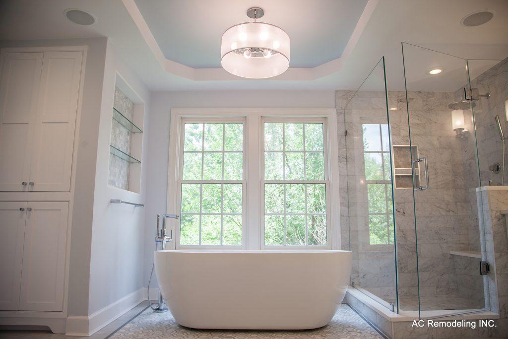 Master Bathroom Tub & Shower Area